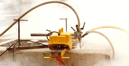 Hydroblasting: UHP Water Blasting & Cutting Industrial Deposit Removal Surface Preparation Cutting Applications